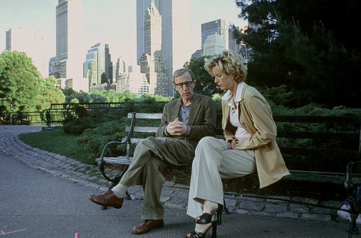 Woody Allen and Téa Leoni in <em>Hollywood Ending</em>