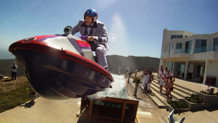 Johnny Knoxville in <em>Jackass 3D</em>